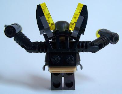 LEGO Yellow Jacket detail