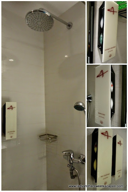 shower at Ambassador Transit Hotel Singapore