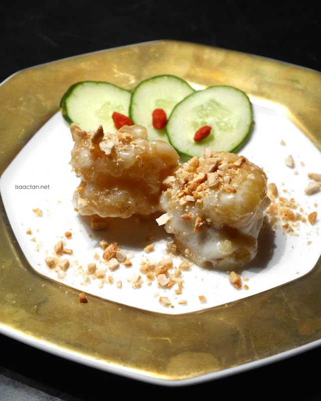 Deep Fried Prawns with Chef Heng's Mayonnaise Sauce