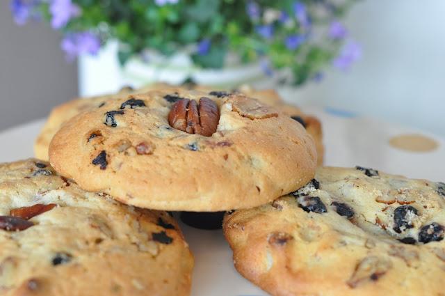 Kentish+Canteen+review+Kentish+Town+cookies