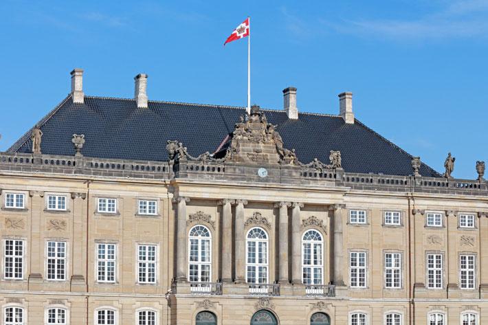 Amalie loves Denmark Schloss Amalienborg Kopenhagen
