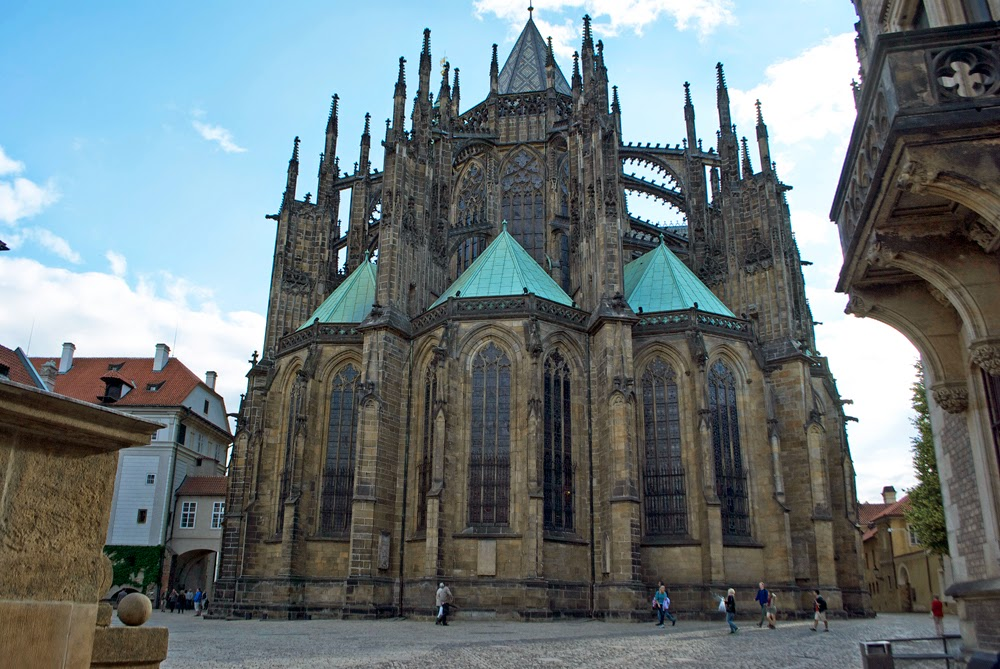 back view of prague castle