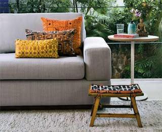 Almofada decorativa sempre com móveis básicos
