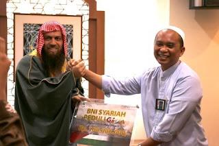 BNI Syariah Menyerahkan Bantuan ke Gaza