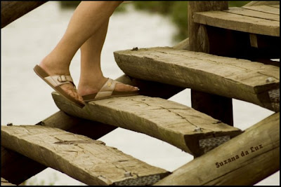 http://3.bp.blogspot.com/-r4l9qO5OANA/T8eJE2cB2PI/AAAAAAAABUc/Io5XqxCPmks/s1600/subir+escadas.jpg