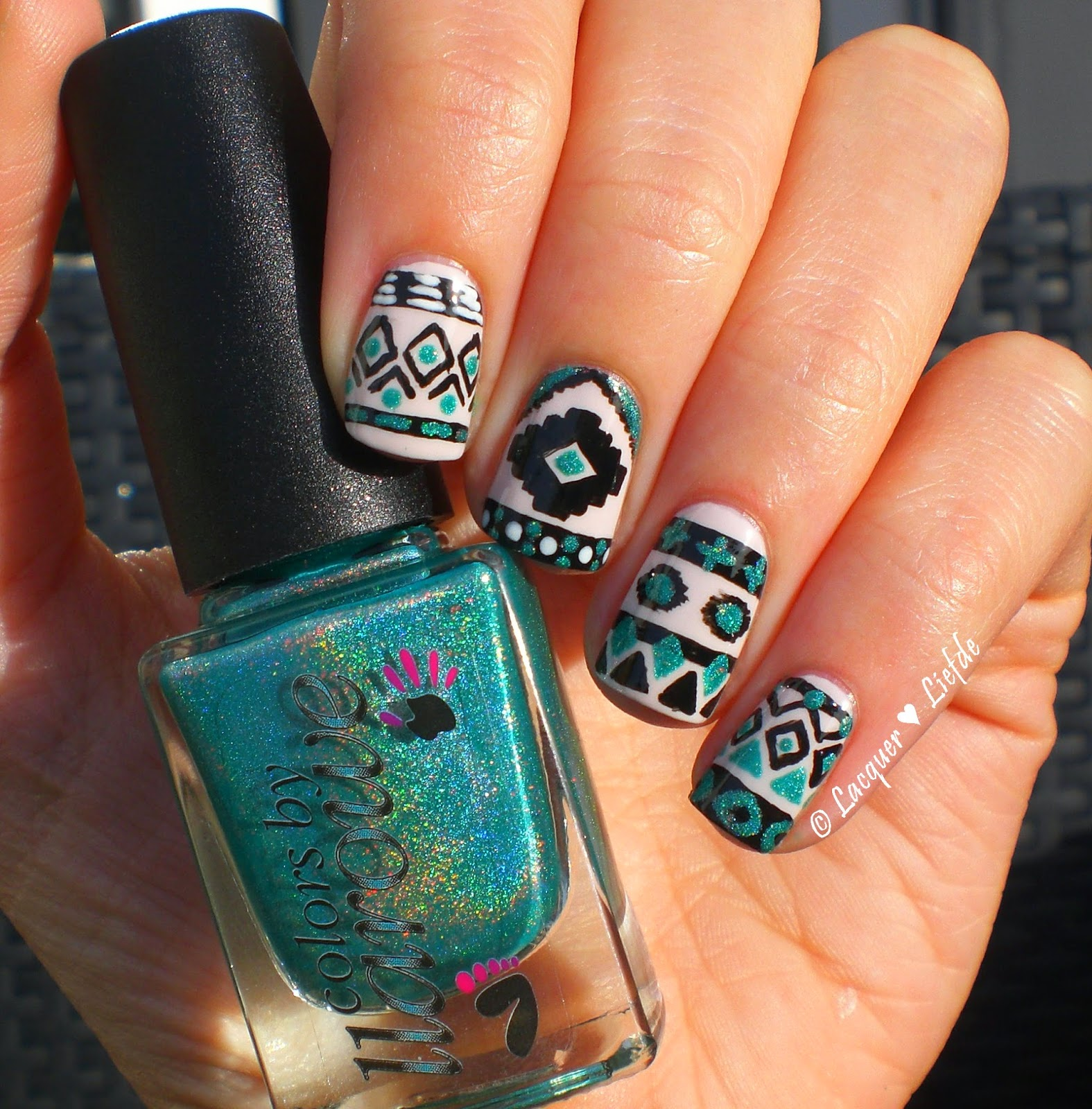 Tribal Nails Design