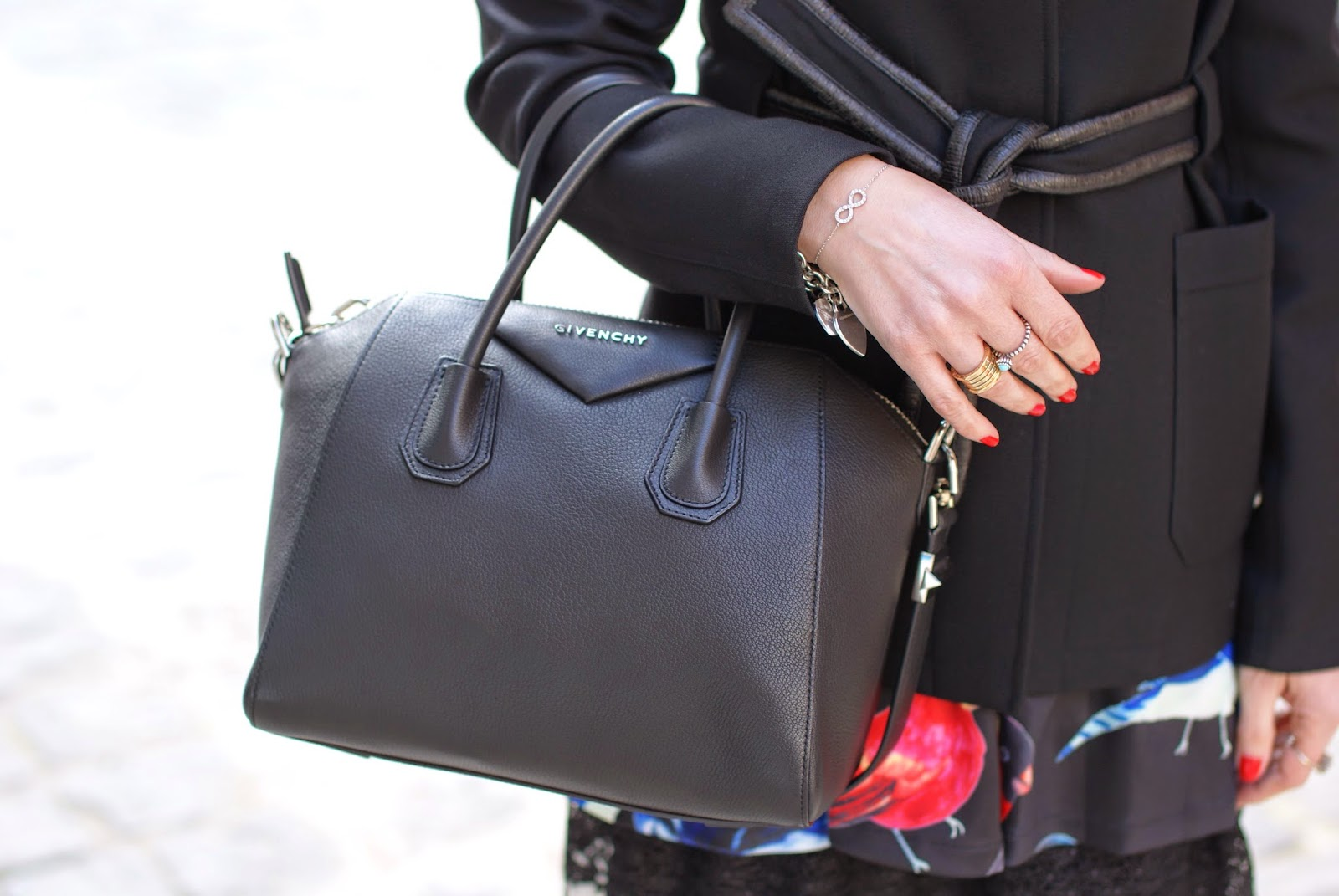 infinity bracelet, Givenchy Antigona bag, Fashion and Cookies, fashion blogger
