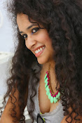 Soumya Sukumar latest hot gallery-thumbnail-4