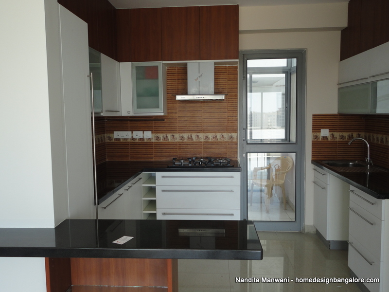 Home design ideas more photographs latest project at for Kitchen tall unit design