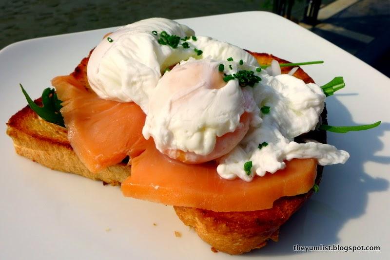 breakfast at casa del rio, melaka