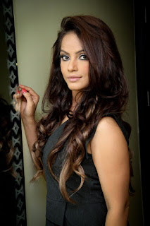 Neetu Chandra Stunning In Black short Tigth Dress On The Sets Of Tamil Film Vaigai Express