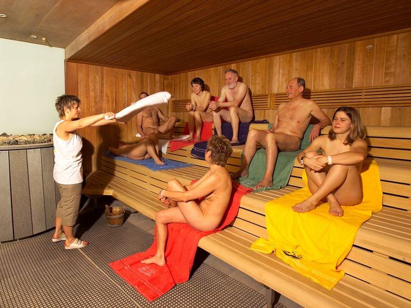 alasti kylpylässä Uusikaarlepyy