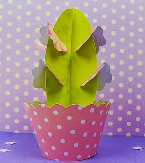 http://www.paneamoreecreativita.it/blog/2014/09/papercraft-taglia-crea-tua-pianta-carta/