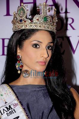 Miss Universe India 2011 Vasuki Sunkavalli