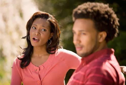 ماذا تفعل إذا كنت تحب شخصاً وهو غير مهتم بك  - رجل يتجاهل امرأة - man ignore woman