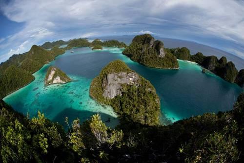 Wisata Raja Ampat Papua