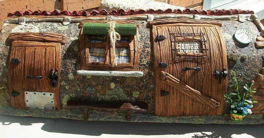 Artesania licer tejas decoradas for Puertas de tejas decoradas