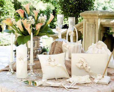 Discount Wedding Accessories on Find The Perfect Cheap Wedding Dress Well Within Your Budget