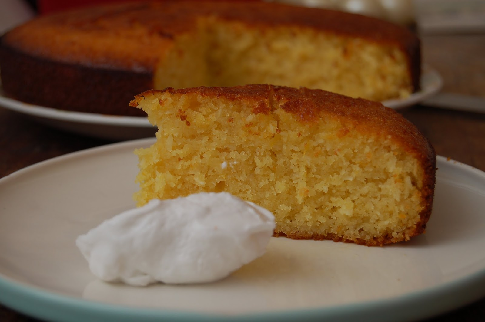 how to eat properly: semolina, coconut and orange syrup cake