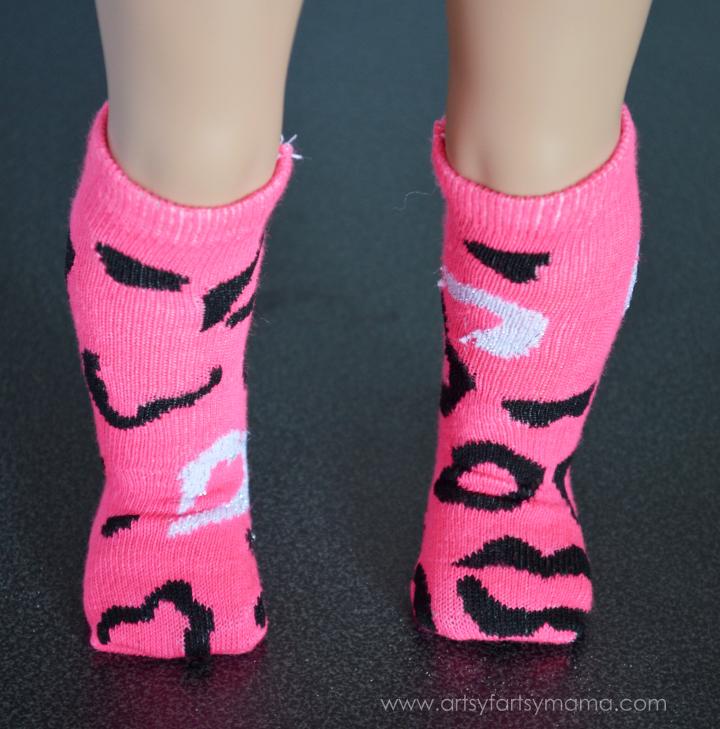 Easy Doll Socks for 18 inch or AG Dolls at artsyfartsymama.com