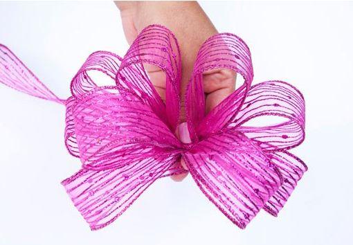 Moños de regalo con listón de alambre ~ lodijoella