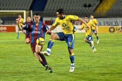 En vivo UD Las Palmas - Levante desde el Estadio de Gran Canaria, a partir de la 21:30 horas de Canarias