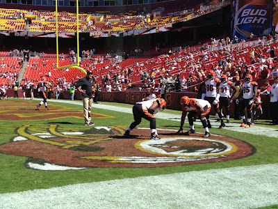Cincinnati Bengals warming up before Redskins game at FedEx Field