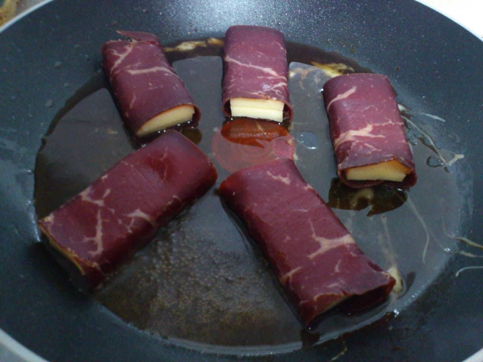 Le blog de ghislaine yakitori suisse raclette et viande - Raclette a la poele ...
