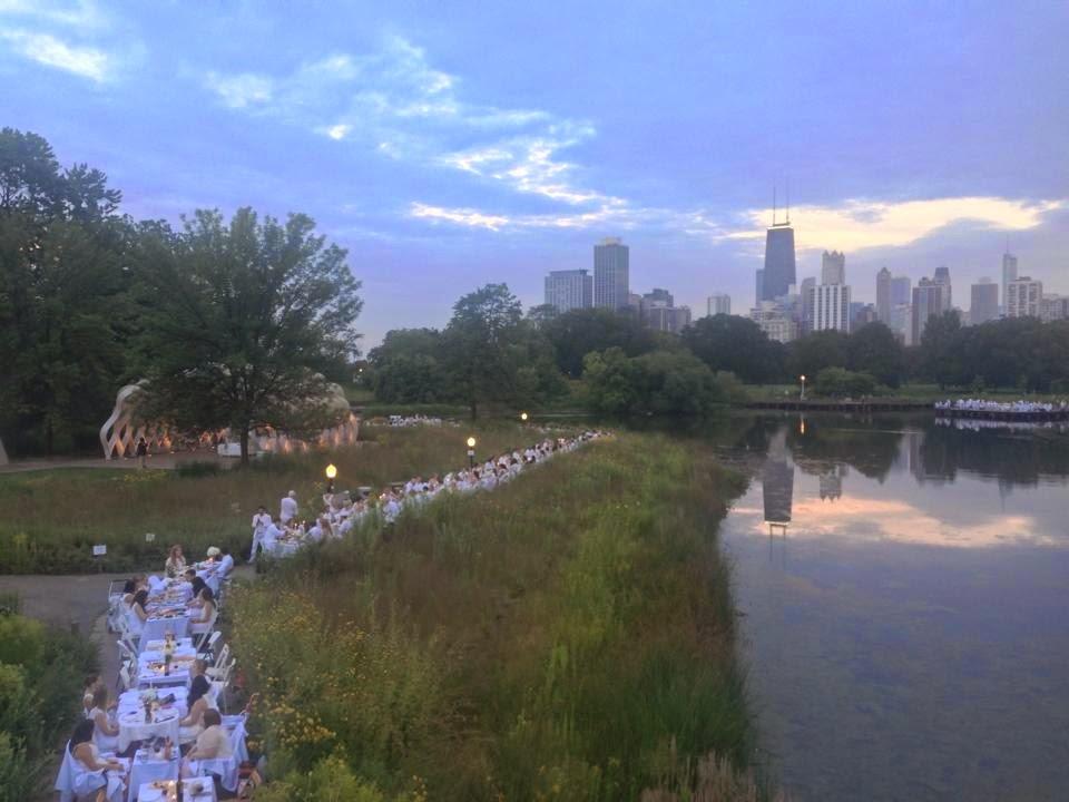 Diner en Blanc Chicago 2014