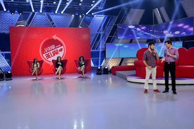 Celso com os candidatos do Se Virar tem que Beijar - Crédito: Lourival Ribeiro/SBT
