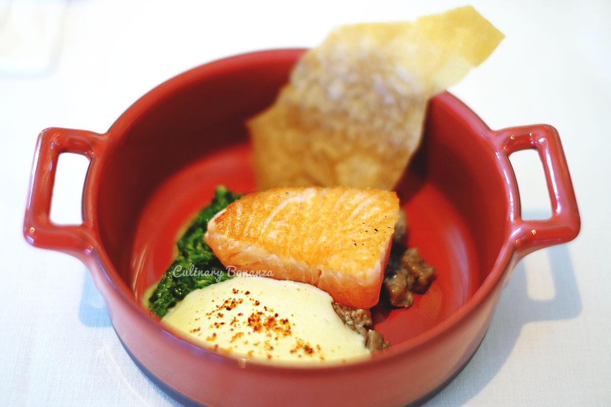 Salmon en Croute - Arts Café by Raffles Jakarta (www.culinarybonanza.com)