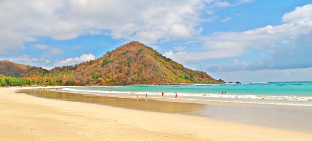 South Lombok - Selong Belanak Beach | www.meheartseoul.blogspot.com