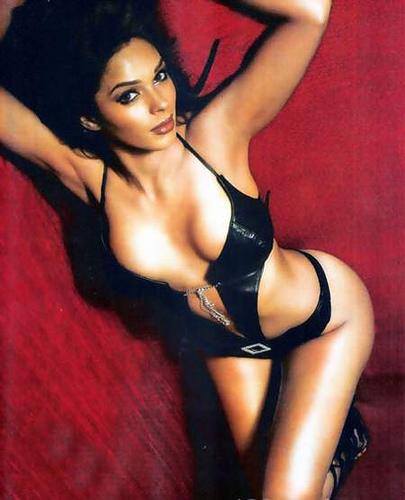 Mallika Sherawat Bikini Video