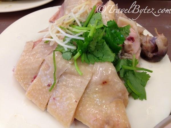 Wulai Little Eatery (烏來小吃店)