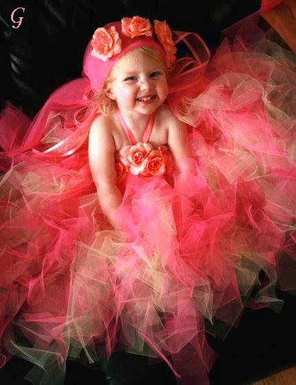 Cute Smile Baby Images-Frocks Kids Pics