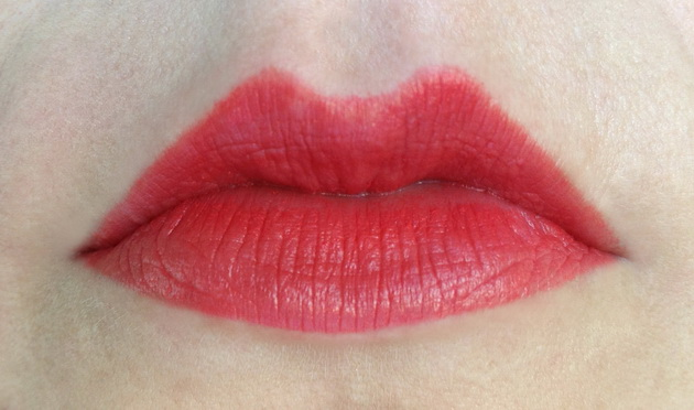TNS Red Vanity lip pencil - My Funny Valentine