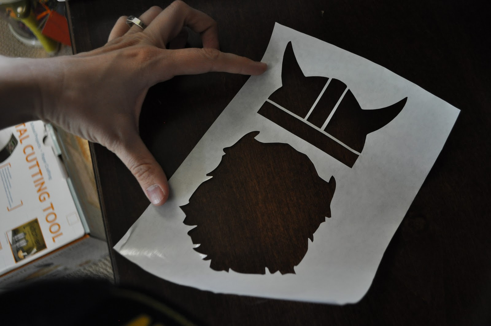 how to cut frrezer paper without a cutter