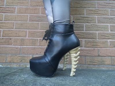 Sammi Jackson - Spine Heels