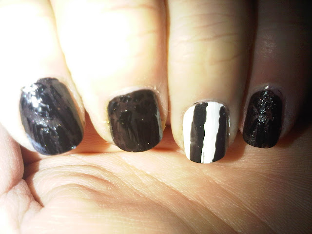 Rimmel Black and White Crackle Top Coat