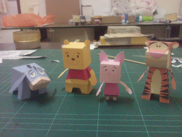 Winnie the Pooh and Friends Paper Toys