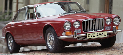 1968 Jaguar XJ6 red