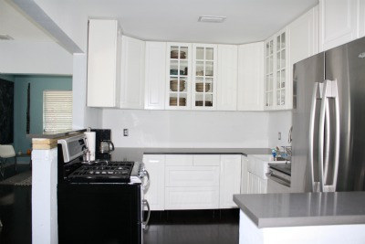 Are white kitchen cabinets still in style thenest for Are white kitchen cabinets still in style