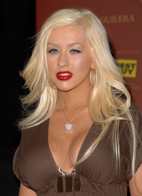 Pictures of Christina Aguilera 19