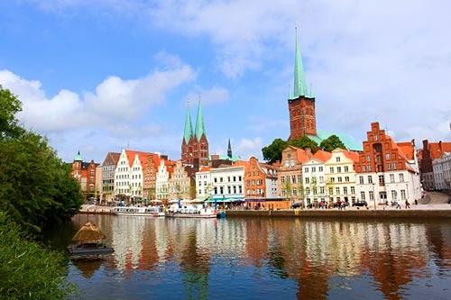 Havnen i charmerende Lübeck