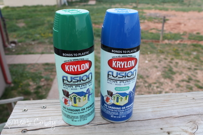 candy money saving monday how to spray paint plastic patio chairs. Black Bedroom Furniture Sets. Home Design Ideas