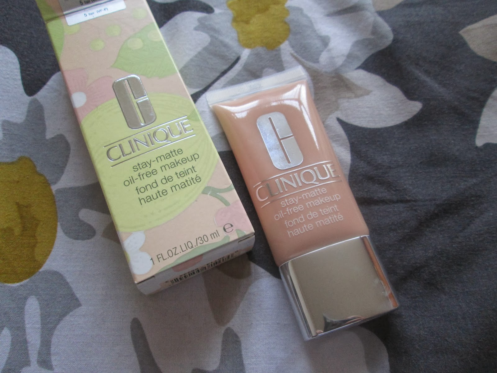 Made you look clinique stay matte foundation review for Where is clinique made