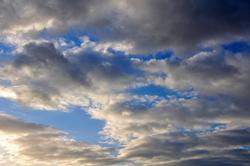 Blauer Himmel am Gründonnerstag...