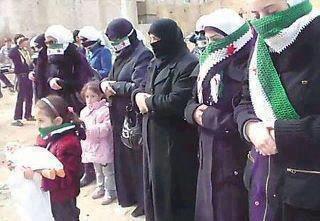عار عليكم أل سعود مواقفكم من الثورات العربية، واستغلالكم نساء سوريا