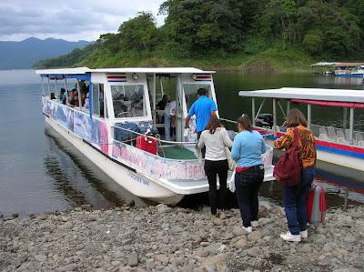 Laguna Arenal,La Fortuna, Costa Rica, vuelta al mundo, round the world, La vuelta al mundo de Asun y Ricardo, mundoporlibre.com