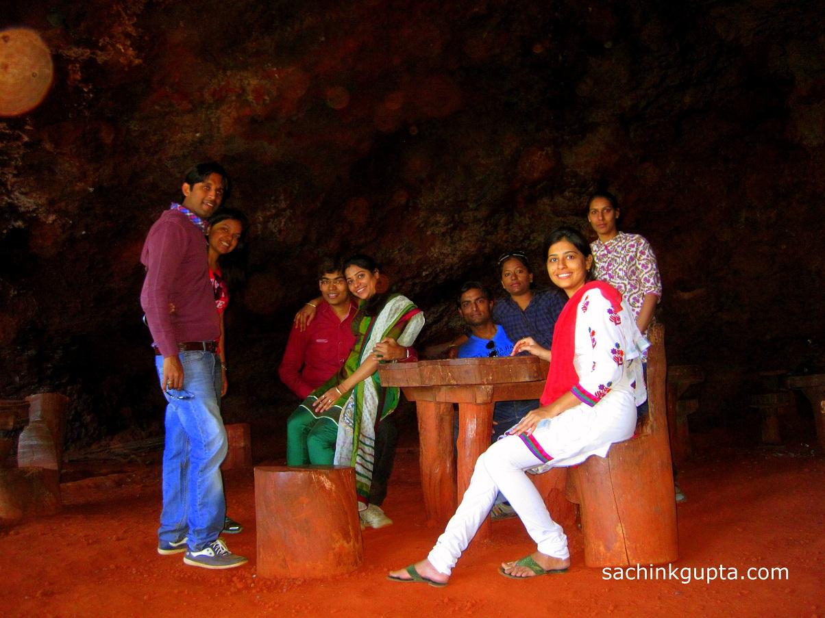 Panchgani photos around panchgani images panchgani temple photos - Pandav Cave At Panchgani Table Point